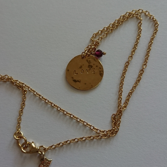 Love with small purple golden tone chain necklace